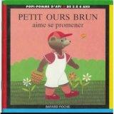 """Afficher """"Petit ours brun aime se promener"""""""