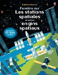 """Afficher """"Fenêtre sur les stations spatiales et autres engins spatiaux"""""""