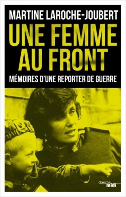 """Afficher """"Une femme au front"""""""