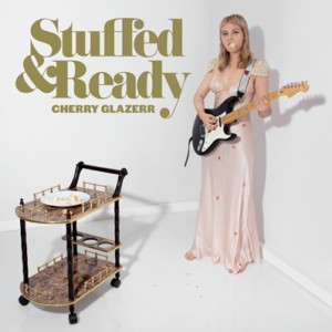vignette de 'Stuffed & ready (Cherry Glazerr)'