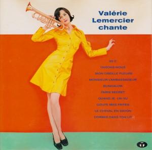 """Afficher """"Valérie Lemercier chante"""""""