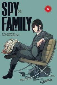 """Afficher """"Spy x family n° 5Spy x Family"""""""