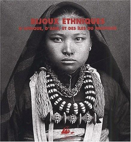 """<a href=""""/node/4813"""">Bijoux ethniques d'Afrique</a>"""