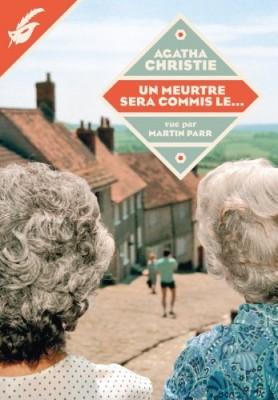 """Afficher """"La bibliothèque idéale d'Agatha Christie vue par Martin Parr n° 1 Un meurtre sera commis le"""""""