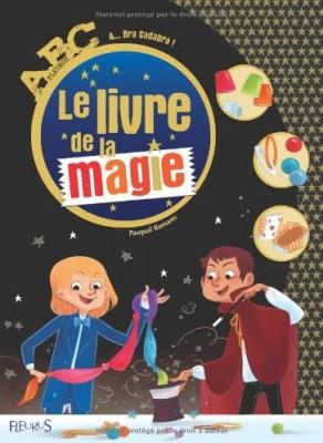 """Afficher """"Le livre de la magie"""""""