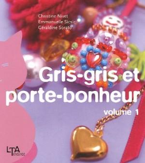 """Afficher """"Gris-gris et porte-bonheur n° 1"""""""