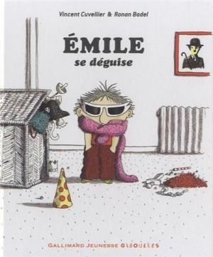 """Afficher """"ÉmileÉmile se déguise"""""""