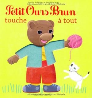 """Afficher """"Petit Ours brun touche à tout"""""""