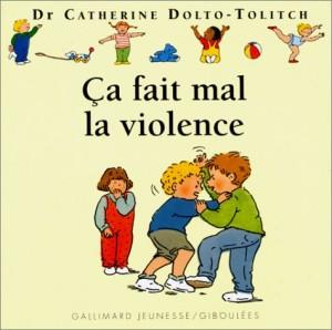 """Afficher """"Ça fait mal la violence"""""""