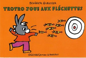 """Afficher """"Trotro joue aux fléchettes"""""""