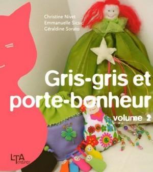 """Afficher """"Gris-gris et porte-bonheur n° 2"""""""