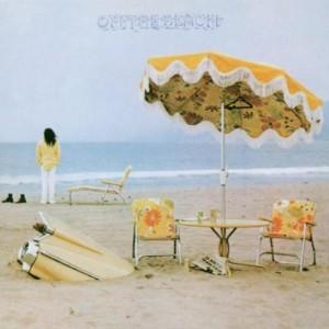 "Afficher ""On the beach"""