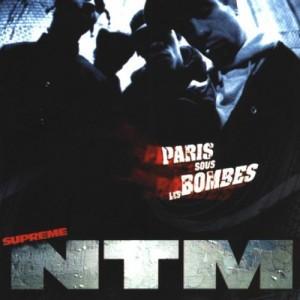 """Afficher """"Paris sous les bombes"""""""