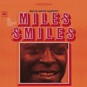 "Afficher ""Miles smiles"""