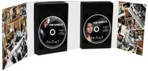 """Afficher """"The Shield"""""""
