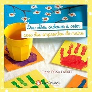 """Afficher """"Des idées cadeaux à créer avec des empreintes de mains"""""""