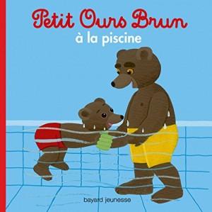 """Afficher """"Petit Ours Brun à la piscine"""""""