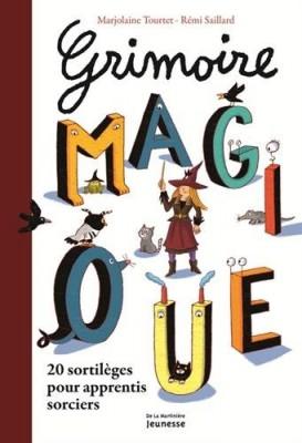 """Afficher """"Grimoire magique"""""""
