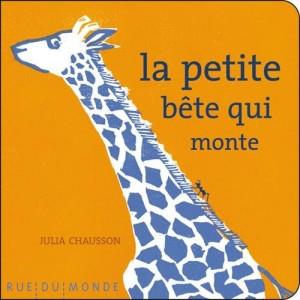 """Afficher """"Les petits chaussons n° 7 La petite bête qui monte"""""""