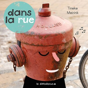 """Afficher """"Dans la rue"""""""