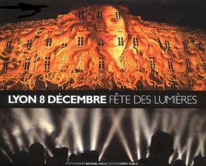 """Afficher """"Lyon 8 huit décembre"""""""