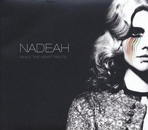 vignette de 'While the heart beats... (Nadeah)'
