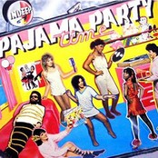 "Afficher ""Pajama party time"""