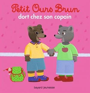 """Afficher """"Petit Ours Brun Petit Ours brun dort chez son copain"""""""