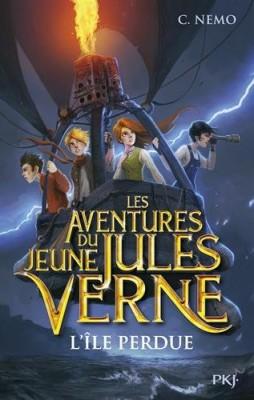 """Afficher """"(Contient) Les Aventures du jeune Jules Verne-1 n° 1 L'Île perdue"""""""