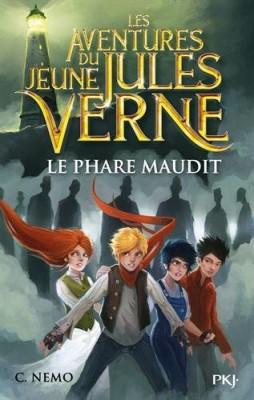 "Afficher ""Les aventures du jeune Jules Verne n° 2 Le Phare maudit"""