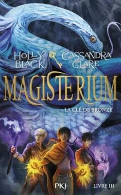 """Afficher """"Magisterium n° 3 La clé de bronze"""""""