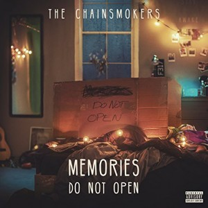 "Afficher ""Memories... do not open"""