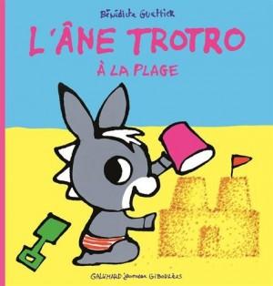 """Afficher """"L'âne Trotro. n° 35 L'âne Trotro à la plage"""""""