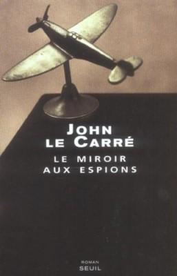 """Afficher """"Le miroir aux espions"""""""