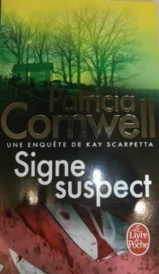 """Afficher """"Une enquête de Kay Scarpetta Signe suspect"""""""