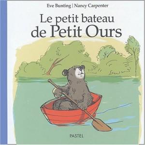 vignette de 'Le petit bateau de petit ours (Eve Bunting)'