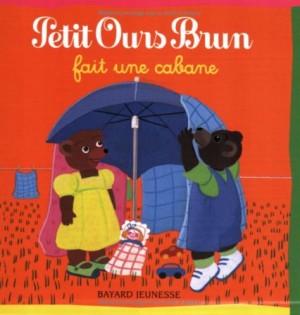 """Afficher """"Petit Ours brun Petit Ours Brun fait une cabane"""""""
