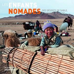 """Afficher """"enfants nomades (Les)"""""""
