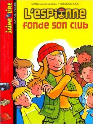 """Afficher """"L'espionne fonde son club"""""""