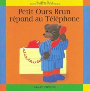 "Afficher ""PETIT OURS BRUN n° 9 REPOND AU TELEPHONE"""