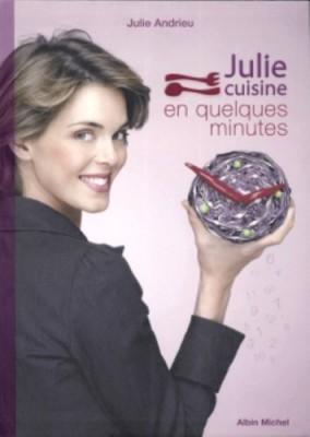 """Afficher """"Julie cuisine en quelques minutes"""""""