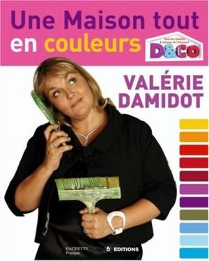 """Afficher """"Une maison tout en couleurs"""""""