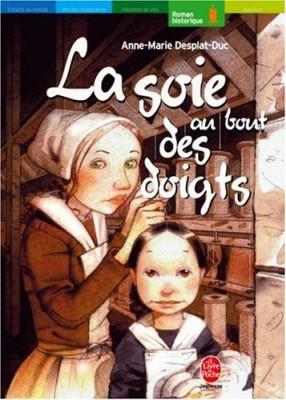 """Afficher """"La soie au bout des doigts"""""""