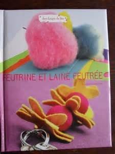 """Afficher """"Feutrine et laine feutrée"""""""