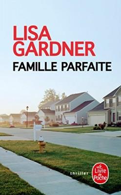 """Afficher """"Famille parfaite"""""""