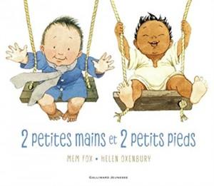 """Afficher """"2 petites mains et 2 petits pieds"""""""