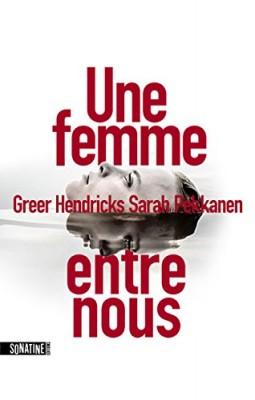 """Afficher """"Une Femme entre nous"""""""